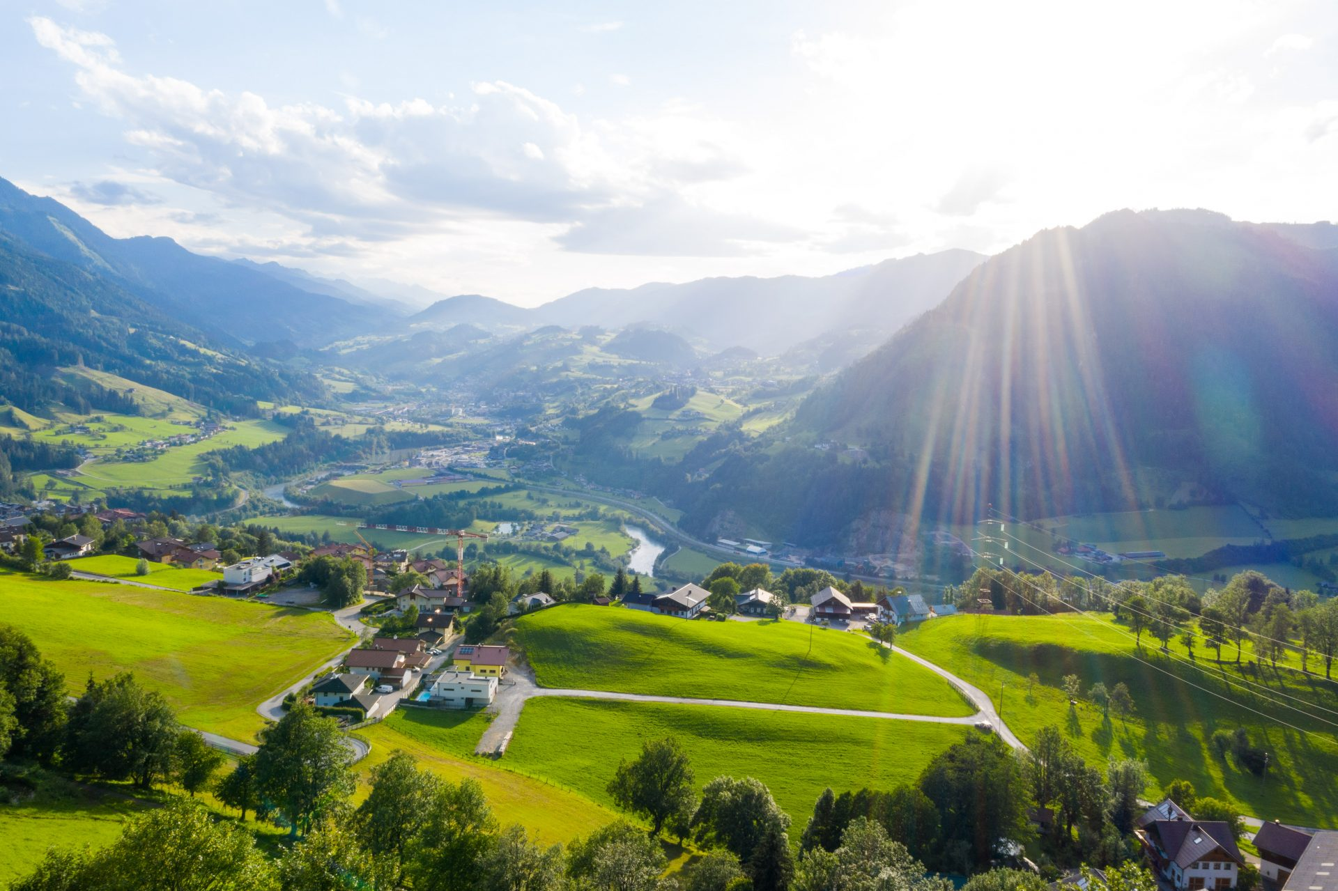 Blaupause_Alpendorf_Drohne_Juli2020_Ueberblick