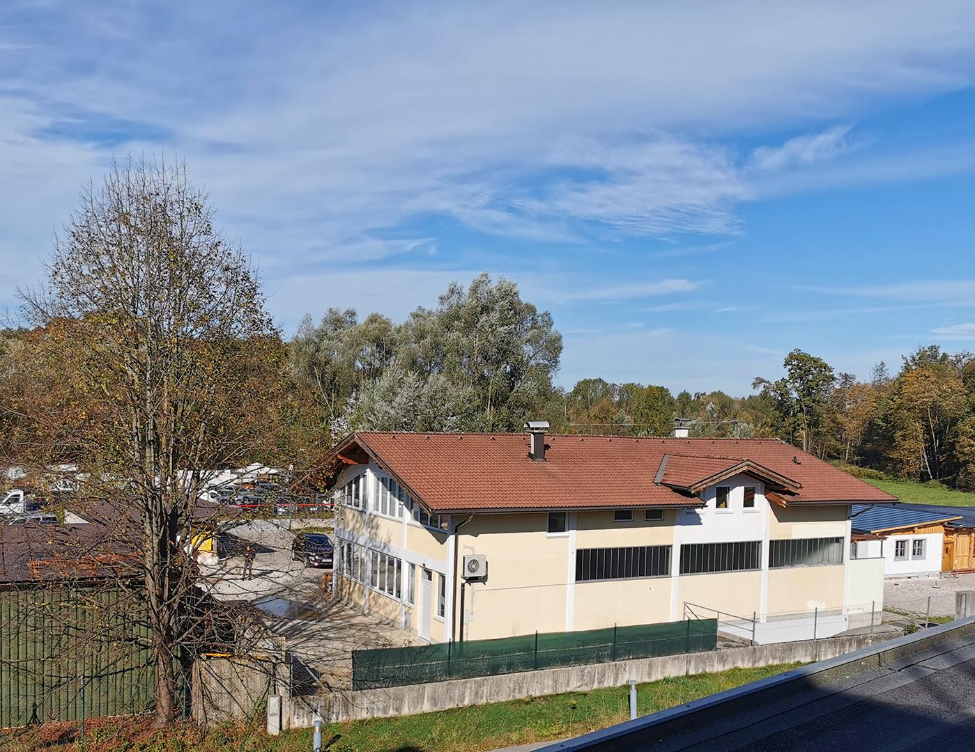 Werkstatt-Lager-Buero-Elsbethen-Gebaeude